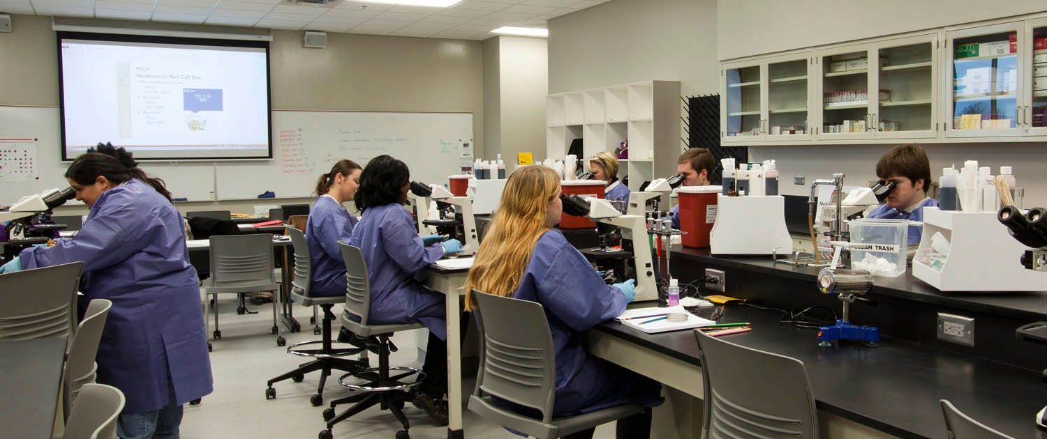 Students in Interior lab at AB Tech
